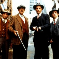 THE UNTOUCHABLES (1987)